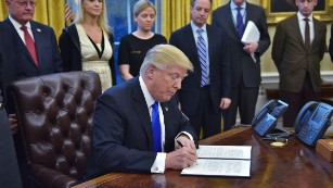 170128173223-president-trump-executive-orders-jan-28-2017-medium-plus-169